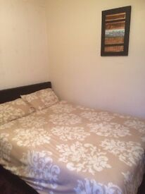 En suite double room to rent with shared kitchen