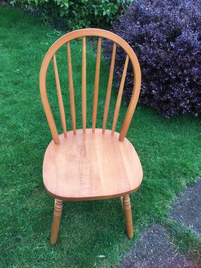 2 Wooden Kitchen Chairs Used But In Good Condition Ideal For Unexpected Guests At Christmas In Ilminster Somerset Gumtree