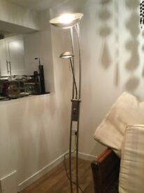Free standing floor lamp with dimmer