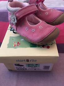 Start rite baby girls pink shoes 2 1/2F