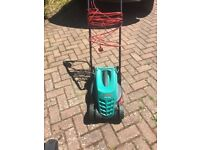 Lawnmower - Bosch Rotak 32cm