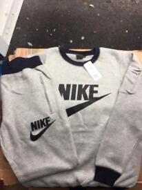 (OSCARS) NEW NIKE TRACKSUITS AVAILABLE WHOLESALE