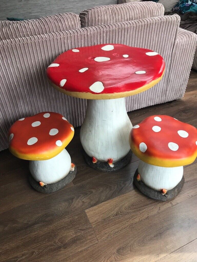 Garden Furniture Table Chairs Stools Toadstool Magical