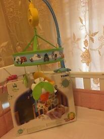 Tomy Winnie the Pooh Cot mobile