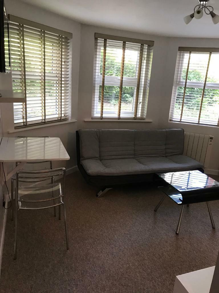 City Centre 1 Bedroom Flat, All Bills Included.