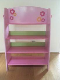 Gorgeous girls bookcase/bookshelves