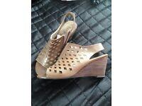 Ladies Lotus sandals size 6