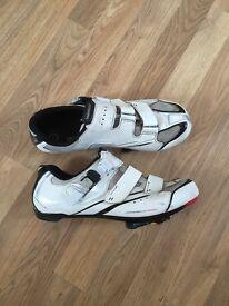 Shimano R088 cycling shoes