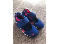 Nike rift trainers UK 13.5