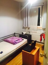 Large single room to let in Wembley park