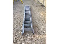 Youngmans 13 rung triple extension ladder