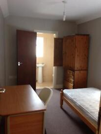 Short or long term let St. Helens Rd Ensuite room