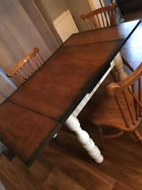 Gorgeous solid wooden table ! Burnt wood effect extendable dining Table and chairs
