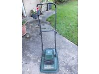 Black and Decker Hover Mower in excellent condition
