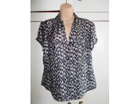 Brand new tagged M&S Autograph top size 16