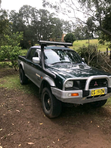 PARTING OUT 1999 Mitsubishi Triton 4x4 Newcastle Newcastle Area Preview
