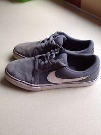 Nike SB trainers, size 6 (EU 40)