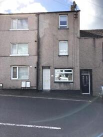 3 storey 3 bed house for rent cleatormoor
