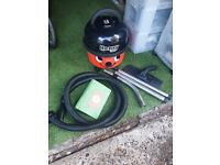 Numatic Hetty Bagged Cylinder Vacuum CleanerSUPER POWERFULL and GOOD CONDITION