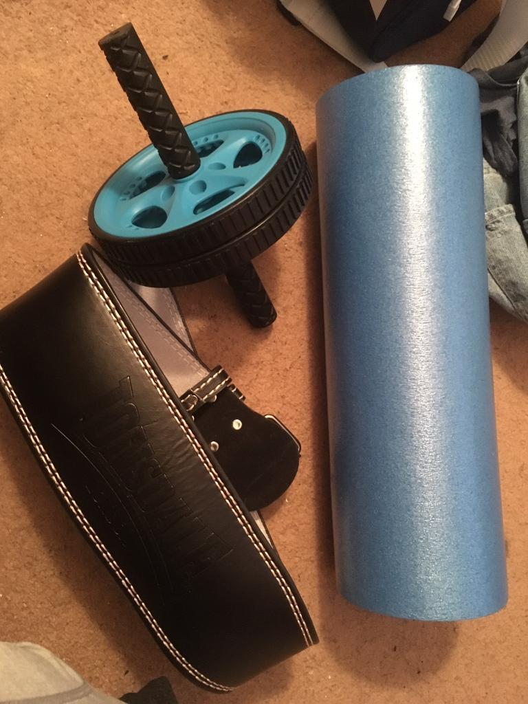 FITNESS BUNDLE MALE OR FEMALEin Paisley, RenfrewshireGumtree - Comes with an roller, foam roller , lifting belt , resistance band and a skipping rope I also have a purple and yellow yoga/ exercise mat and another foam roller thats heavier and is textured if anyone wants that one instead looking for £25 for...