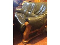 real leather -solid frame-as new 3,1,1 suite