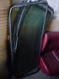 TRIUMPH DOLOMITE REAR SCREEN