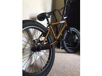 BMX. Custom build trans gold United Mothership and United parts kit