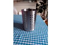 Stainless steel kitchen utensil holder / cutlery drainer