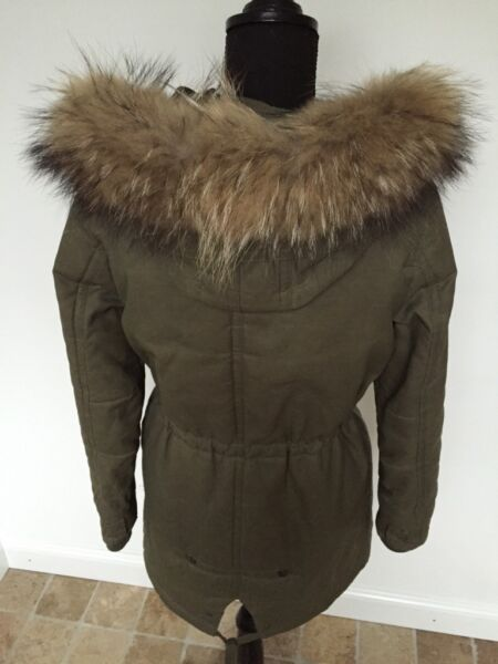 parka mantel echtfell echtpelz hnlich woolrich iq berlin pelz in bremen vegesack ebay. Black Bedroom Furniture Sets. Home Design Ideas