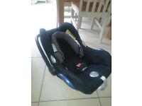 Great condition- Used Maxi Cosy car seat - black. Smoke and pet free home