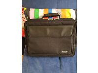 Port Laptop Carry Case (Large)