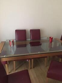 Table and chairs x6