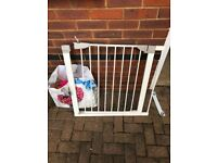 Baby Safety Gate with extension £10