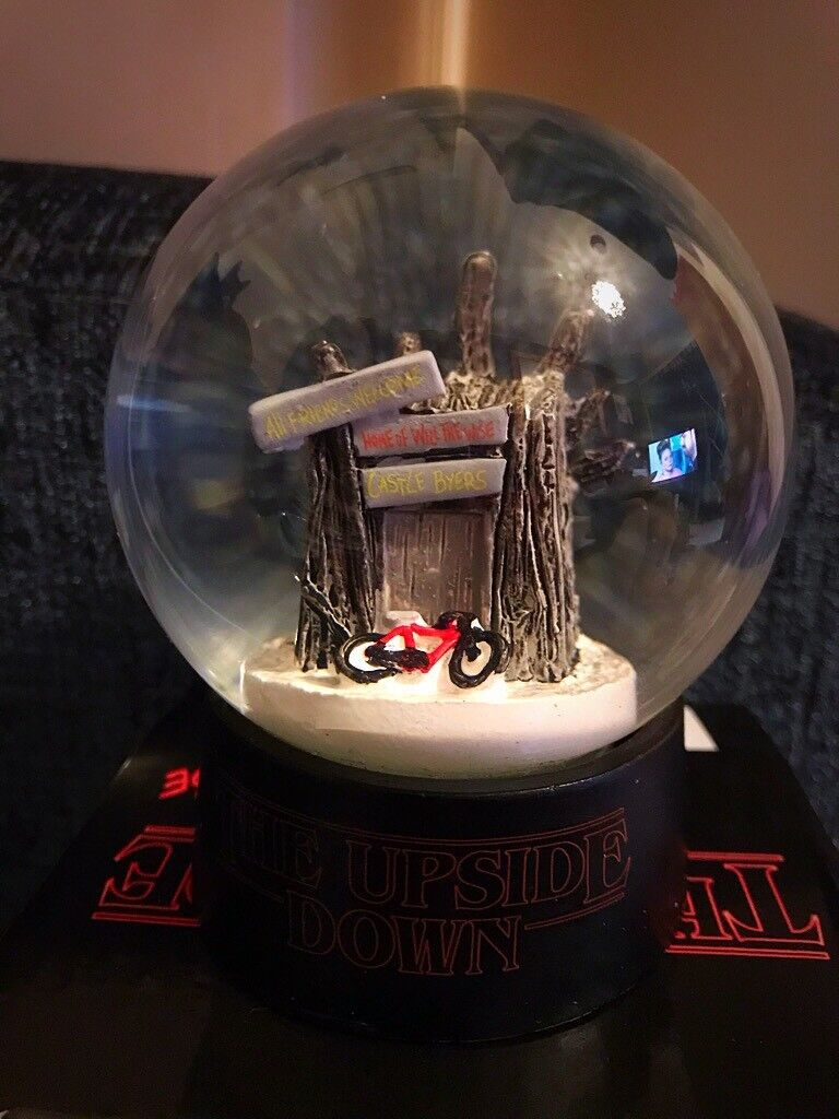 *Brand new* Stranger Things upside down snow globe