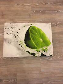 Canvas print lime splash