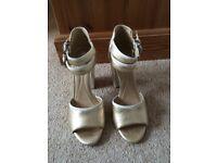 Ladies Geox cream and gold sandals size 6/EU39 BNIB