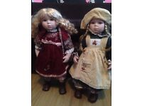**AMAZING DEAL** Pair of Collectable Leonardo Collection Porcelain Dolls. Selling for £10