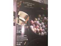 Illuminating pearls 1 in stock