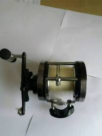 SHAKESPEARE UGLY BOAT REEL