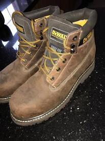 DeWalt men's boots - steel toe UK 10 - worn once - briwn