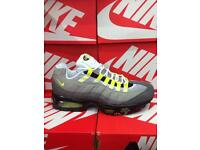 LT Grey & Yellow Nike Trainers Brand New Size 9