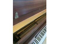 **KNIGHT £600 sold by headteacher of a piano school**