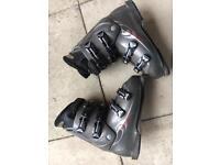 Salomon ski boots men's size 10