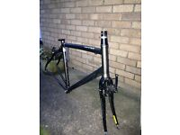 Specialized Sirrus 52cm frame and forks + rear wheel
