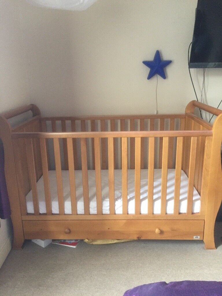 VIP nursery furniture set