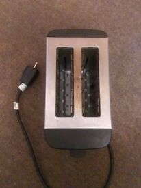 2 slice toaster for £4, collection only
