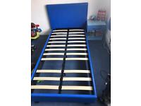 Blue single bed