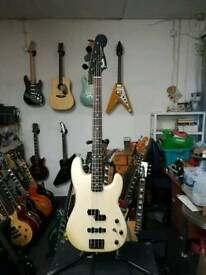 Fender Duff McKagan Signature Precision Bass