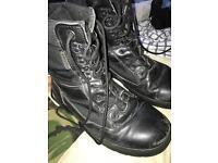Kombat Boots **UNISEX**