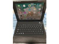 iPad 32gb unlocked 2017 model or swap for a laptop